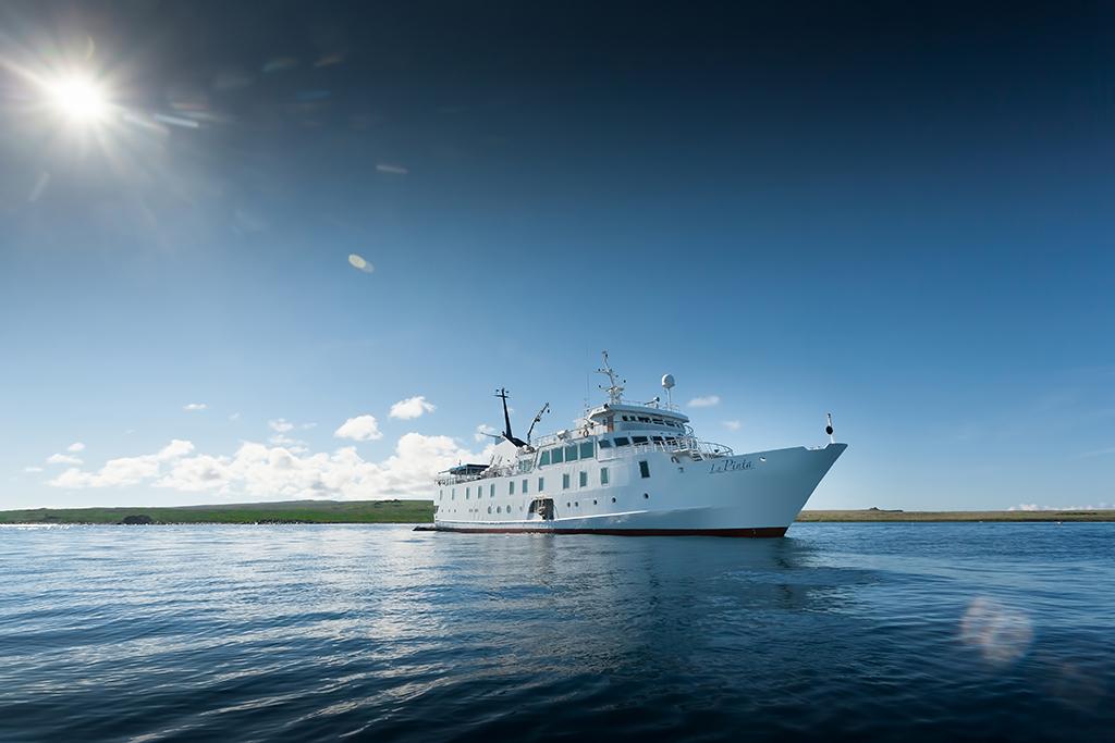 E-Yacht-La-Pinta-1