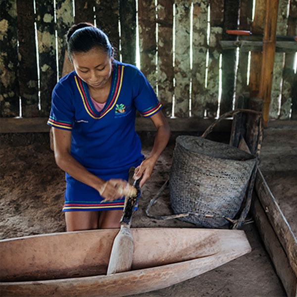 600_0020_Kichwa_Women_Gastronomy_Be_a_Native_Experiences_Anakonda_Amazon_Cruises